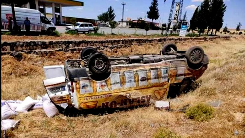 Urfa'da yine aynı yol, yine kaza!