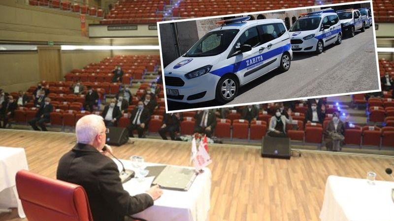 Meclis'te önemli iddia: Zabıta korsan taksicilik yapıyor!