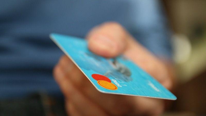 Tüketicilere kötü haber! Kart aidatlarına yine zam geldi!