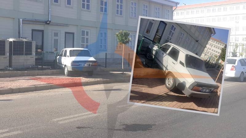 Urfa'da kontrolden çıkan araç okula daldı!