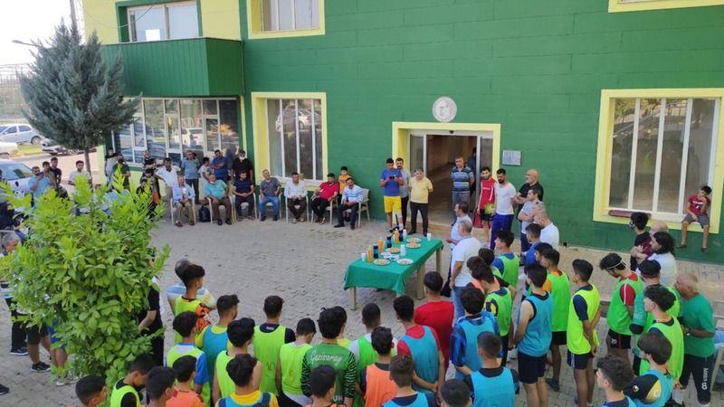 Genç yetenekler ve aileleri kulüpte ağırlandı!