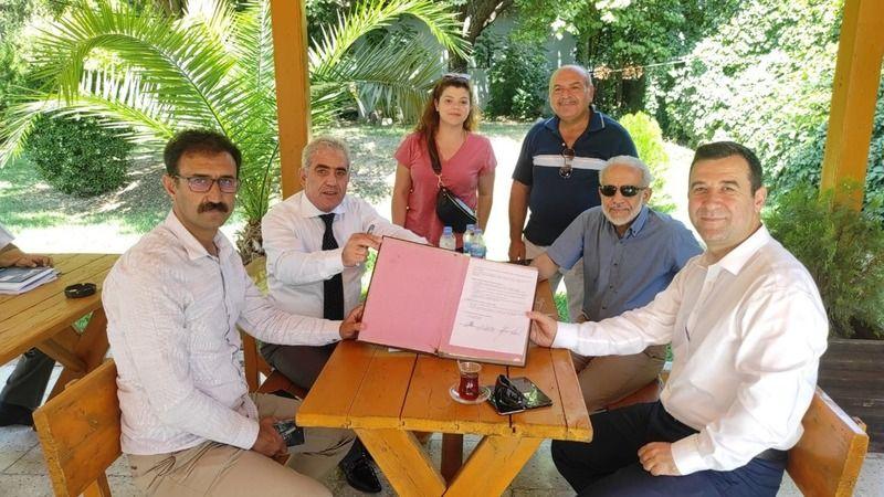 Erzurumlu hayırsever Bozova için adım attı! Protokol imzalandı