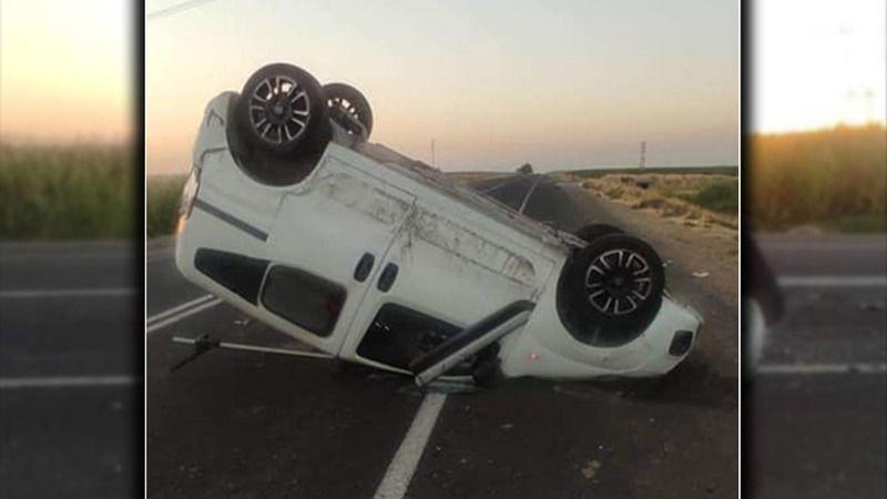Urfa'da araç takla attı: Yola çıkan köpeğe çarpmamak için manevra yaptı!