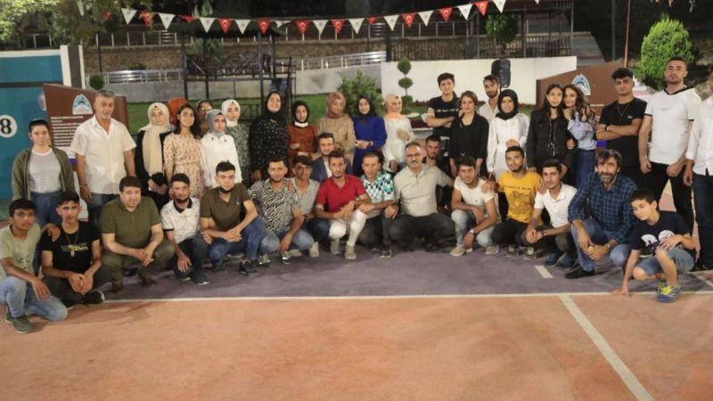 Eyyübiye Belediyesi ile 42 öğrenci üniversiteye yerleşti!