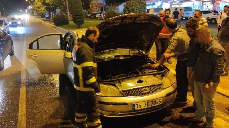 Urfa'da seyir halindeki bir araç alev aldı!