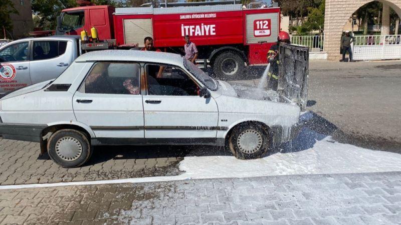 Urfa'da seyir halindeki araçta yangın!
