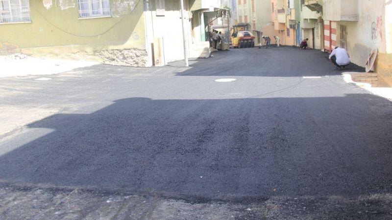 Eyyübiye'deki mahallenin asfalt çalışması sürüyor!
