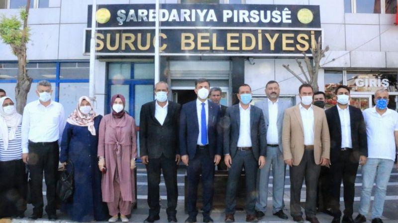 İlçe ziyaretleri sürüyor: AK Partililer bu kez Suruç'ta!