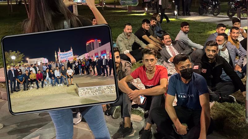Urfa'da öğrenciler sokaklarda! DEVA'dan destek