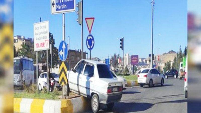 Şanlıurfa'da kaza: Refüje çıktı