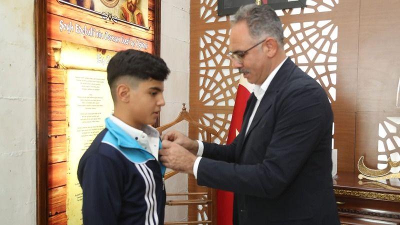 Başarılı sporcuya Eyyübiye Belediyesinden ödül!