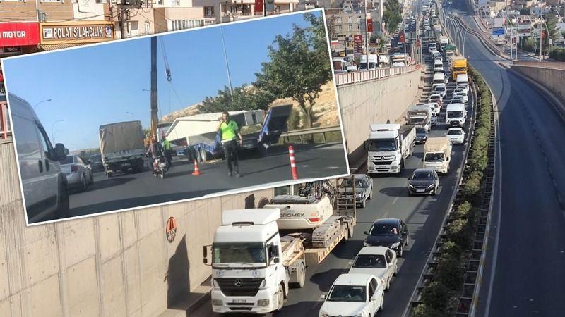 Tır arıza verdi: Şanlıurfa'da trafik kilitlendi!