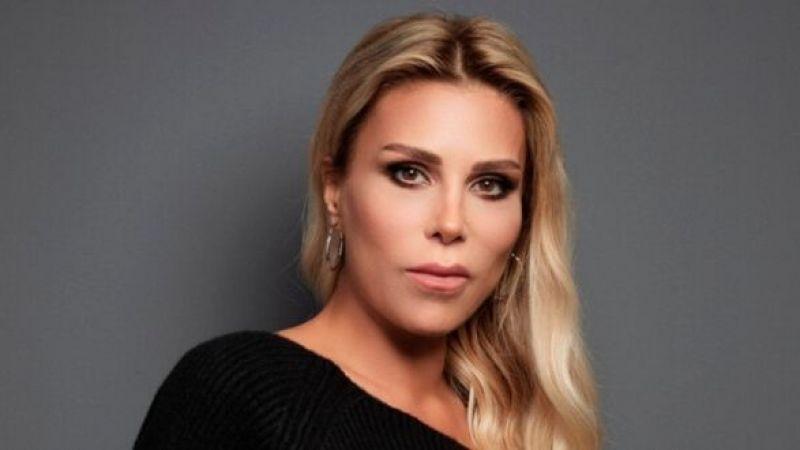 Sahnede Kalma Rekoru Kırarak Adını Dünyaya Duyuran Başarılı Şarkıcı Hande Dönmez'den Büyük Sürpriz!