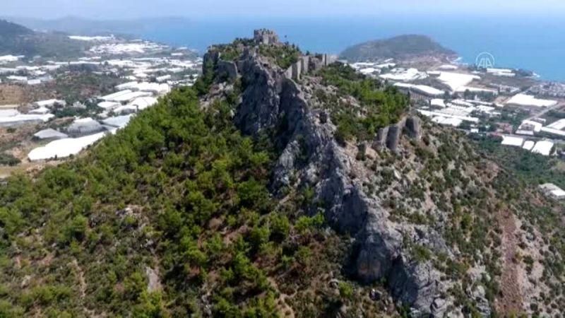 """İmparatorlukların tarihi sığınağı """"Softa Kalesi"""" turizme kazandırılıyor"""