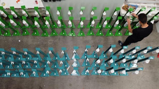 Konyalı firma 'pedallı dezenfektan standı' ile yurt dışına açıldı
