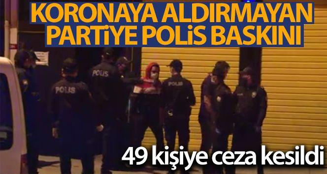 Koronaya aldırmayan partiye polis baskını