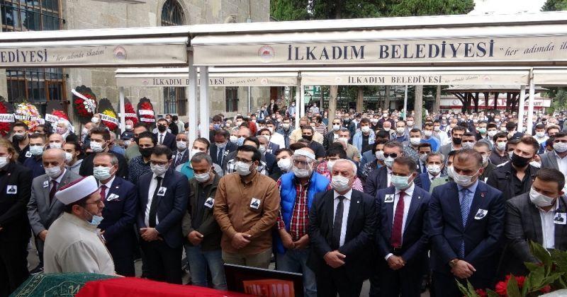 CHP İl Gençlik Kolları Başkanı kansere yenik düştü
