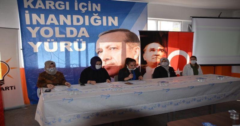 AK Parti'de Esra Peker güven tazeledi