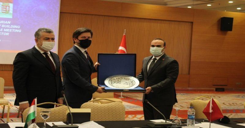Medikal sanayi ve tıbbi cihazlar üzerine Türk-Macar ortaklığı ele alındı