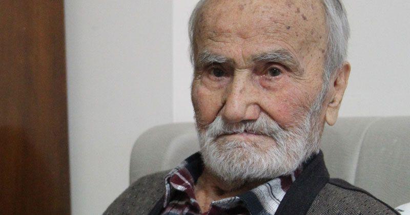 3 çocuğu ile birlikte 98 yaşında korona virüsü yendi