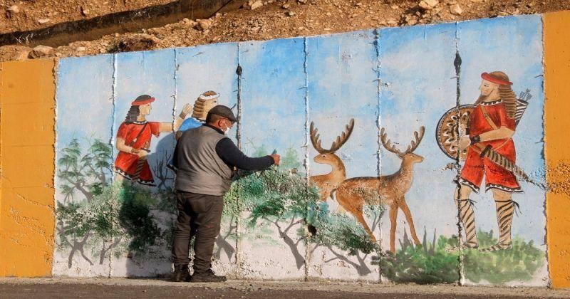 Seydikemer'de antik kent önündeki istinat duvarı tarihle renklendi