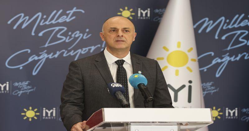 """İYİ Partili Ümit Özlale'den """"aşı"""" önerileri"""