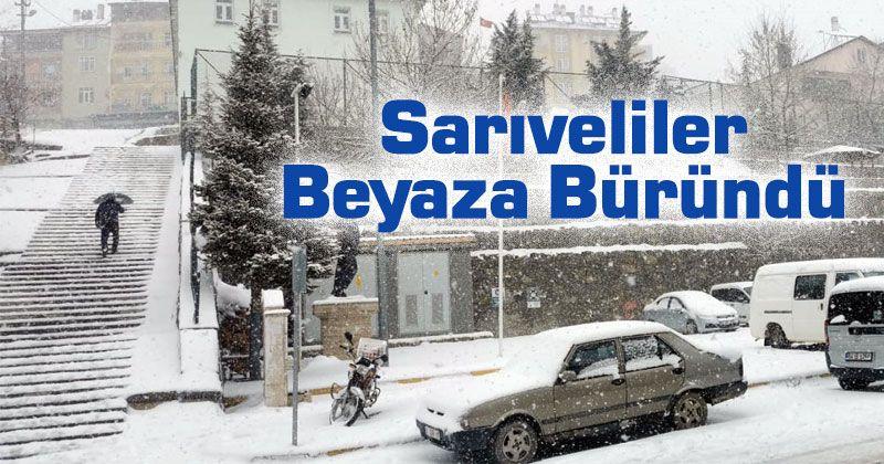 Sarıveliler'de kar yağışı etkisini sürdürüyor