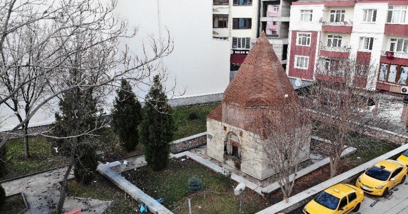 Moğol emirinin mezarı evliya türbesi sanılıyor