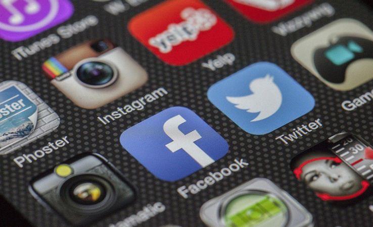 Rusya'da sosyal medya sitelerine yeni kısıtlamalar getirildi