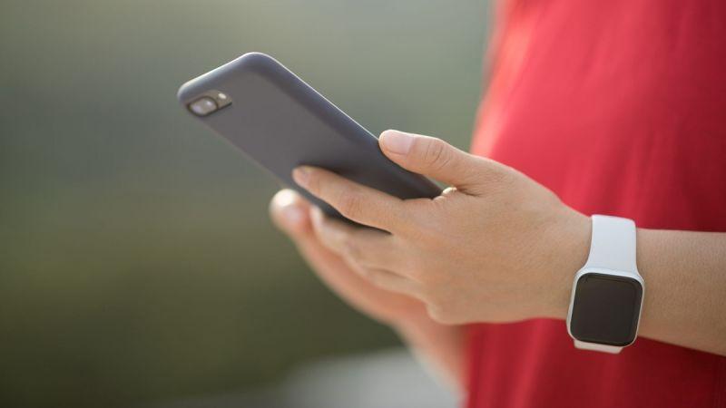 Başkasının telefonuna gelen mesajları okuma nasıl mümkün olur?