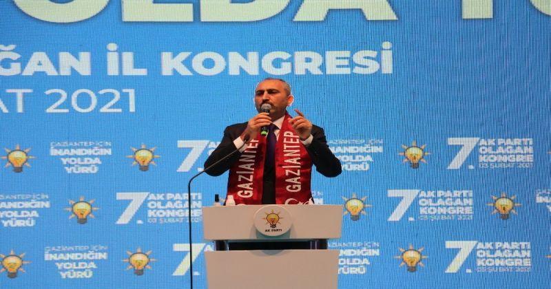 """Adalet Bakanı Gül: """"Biz reform dedikçe onlar sokak diyor"""""""