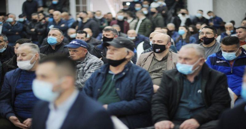 Kosova'da seçim kampanyaları Covid-19 gölgesinde devam ediyor