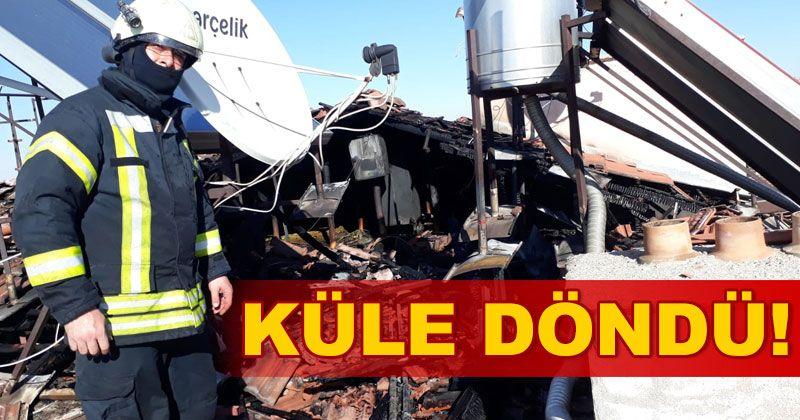 Karaman'daki yangında teras kat küle döndü