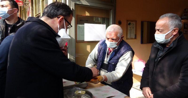 Bakan Kasapoğlu Erciş'te gençlerle buluştu