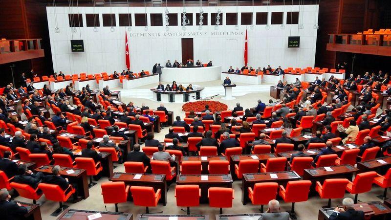 Askeri cezada düzenlemeler içeren teklif Genel Kurul'da kabul edildi
