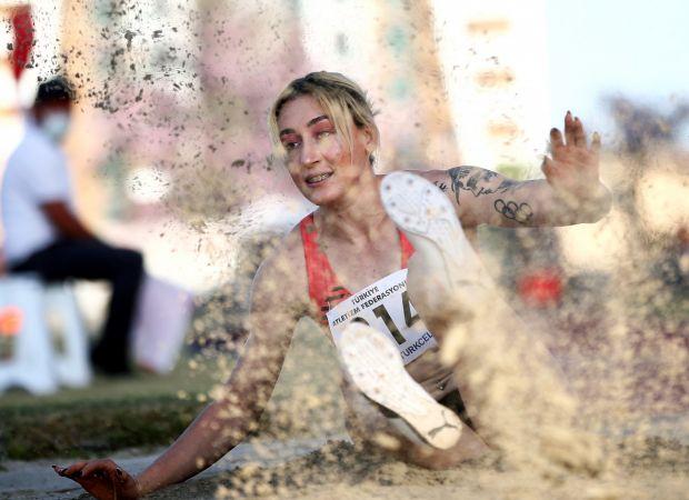 Atletizmde Olimpik Deneme ve Komple Atlet 1. Kademe yarışları Mersin'de başladı