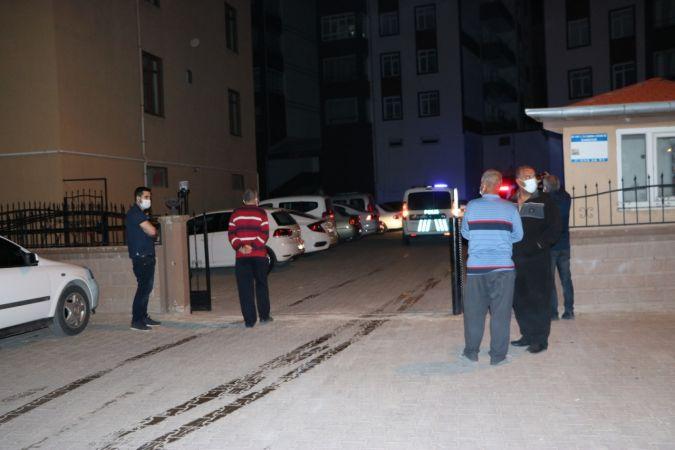 Silahla yaraladığı kız arkadaşını hastaneye bırakıp kaçan şüpheli, tutuklandı