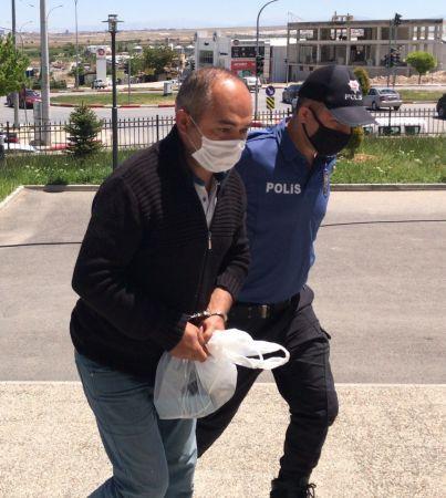 Karaman'da ölü köpeği otomobile bağlayarak sürükleyen kişi gözaltına alındı