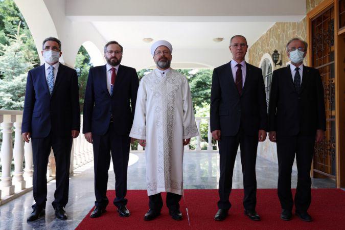 Diyanet İşleri Başkanı Erbaş: İsrail terörünün bir an önce durdurulması gerek