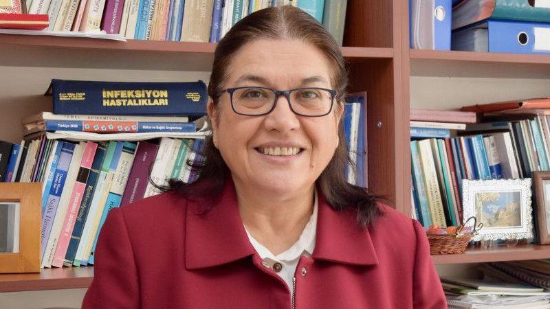 Koronavirüs Bilim Kurulu Üyesi Prof. Dr. Selma Metintaş yerli aşı çalışmalarının önemini anlattı