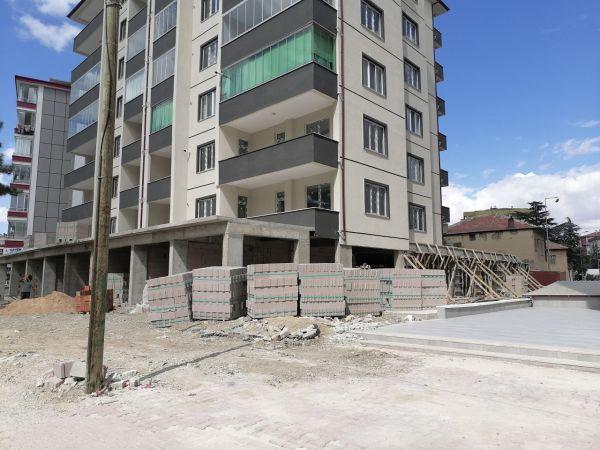 Konya'da yüksekten düşen işçi yaralandı
