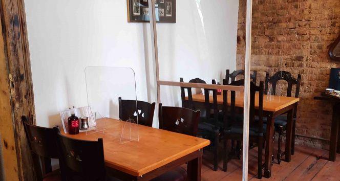 Kafe ve restoranlar müşterilere kapılarını açmaya hazırlanıyor