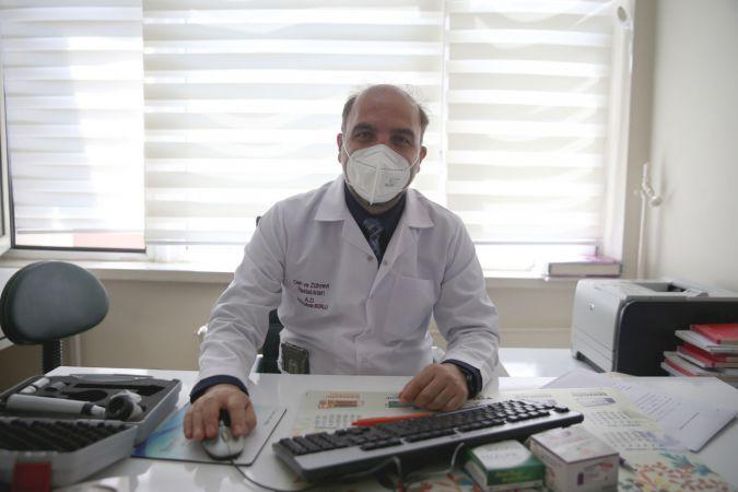 """Dermatologdan cilt sağlığı için """"maskeyi burun altına indirmeyin"""" uyarısı"""