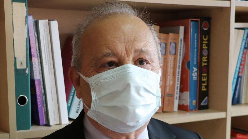 Bilim Kurulu üyesi Akın'dan 'aşıya teşvik' önerisi