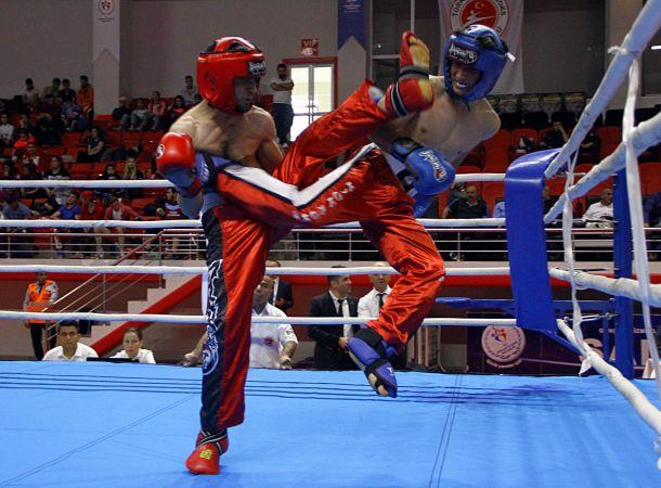 Kick boksta 2. kademe antrenör kursu düzenlenecek