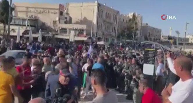 İsrail güçleri, Kudüs'te Filistinlilere saldırdı: 13 yaralı