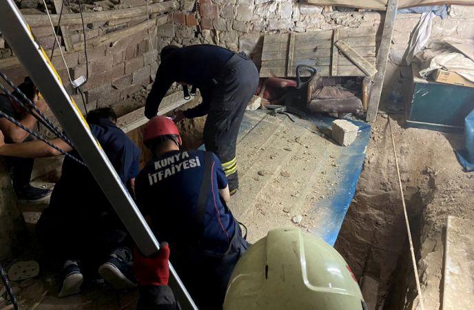 3 katlı binanın bodrumundaki kuyuda göçük oluştu