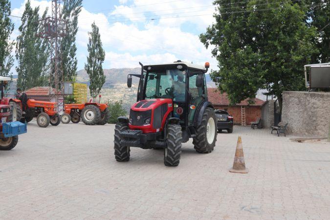 Karaman'da TÜVTÜRK'ün gezici muayene istasyonu köylerde hizmet vermeye başladı