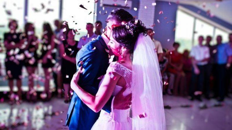 Kademeli normalleşmede yeni dönem: Düğünlerde bu yasaklar kaldırıldı