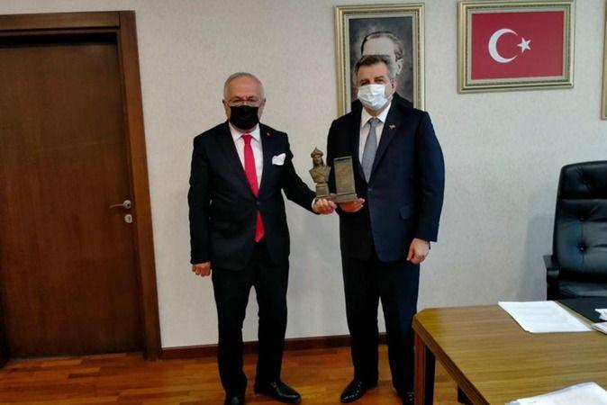 Rektör Ak, Bakan Yardımcısı Hasan Büyükdede İle Görüştü